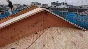 屋根がつきました